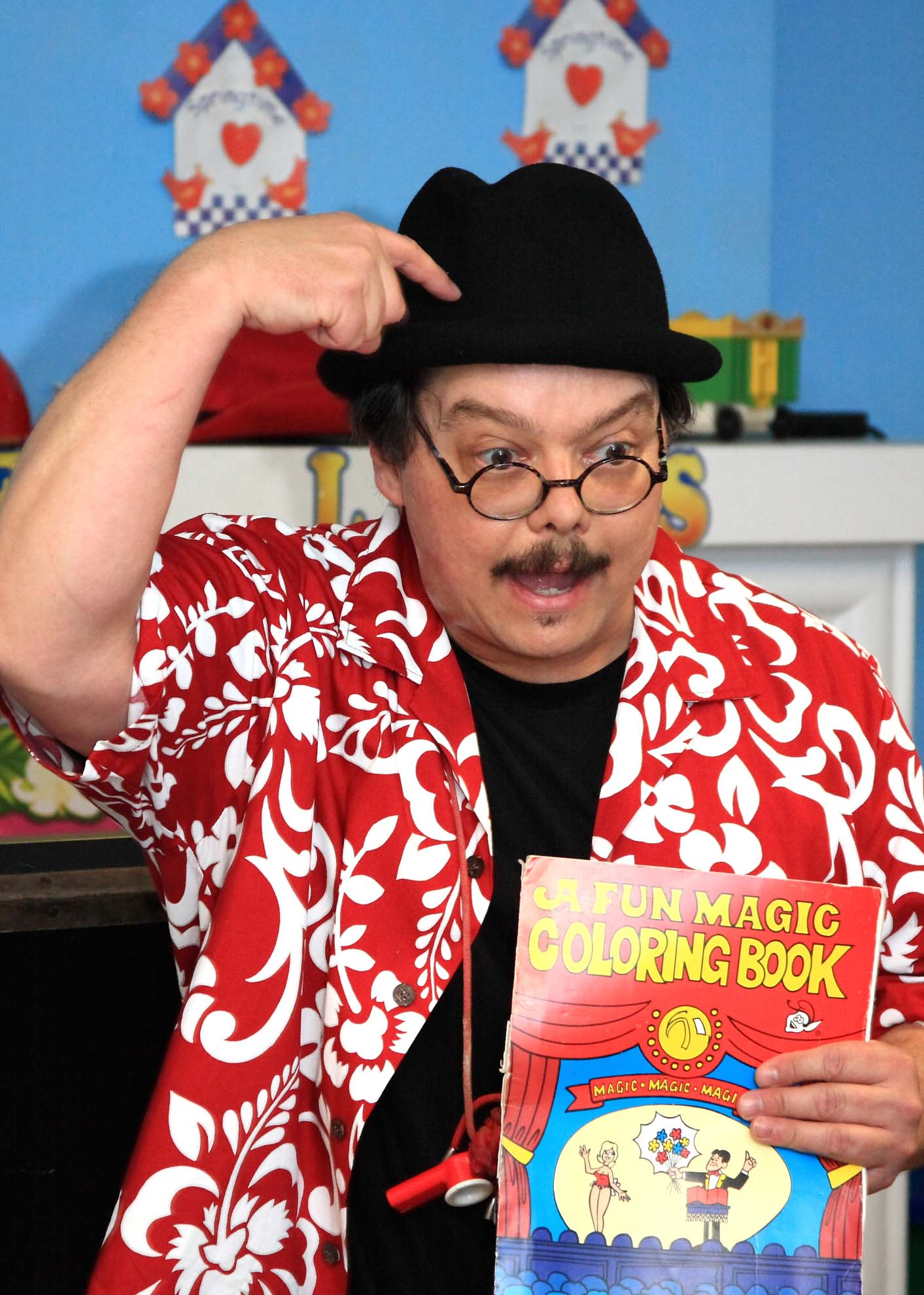 San Antonio Children's Comedian, Cartoonist, Ventriloquist and Magician Present a Fun Magic and Puppet Show for Kids at a San Antonio Day Care.