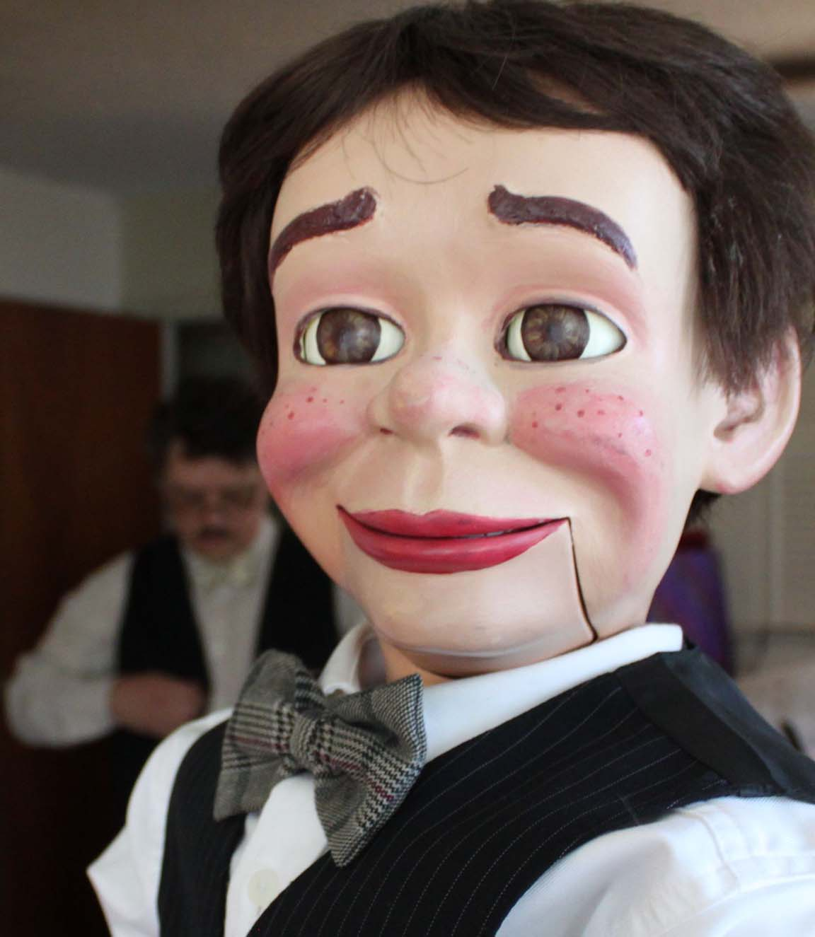 Ventriloquist David Pitts and his home built puppet Henry Little prepare for a performance of their neo-vaudeville magic and ventriloquism act.