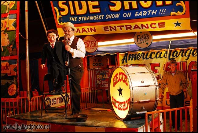 David Pitts and Henry Little on the Ballystage of Jim Zajicek's Big Circus Sideshow